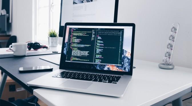 Lựa chọn laptop lập trình – Người bạn đồng hành của mọi lập trình viên